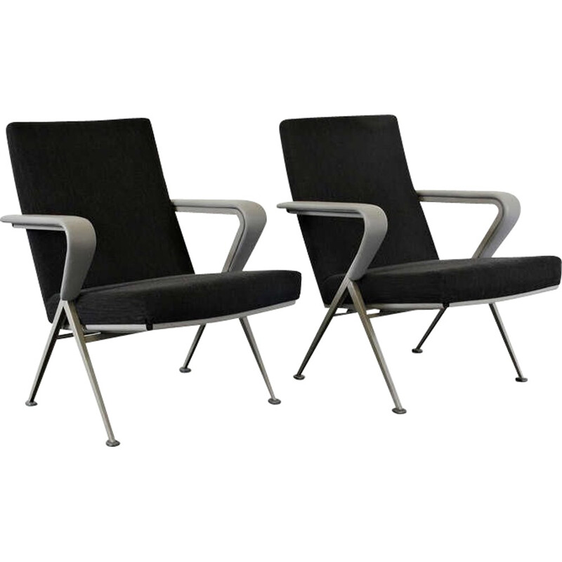 """Pair of armchairs """"Repose"""" by Friso KRAMER - 1967"""