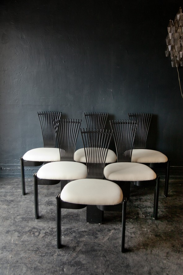 Set Of 6 Scandinavian Dining Chairs In Wood And White