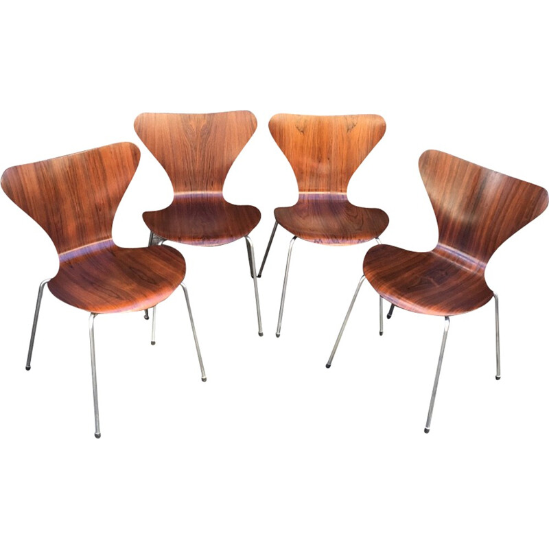 4 Series 7 Rosewood Chairs by Arne Jacobsen - 1960s