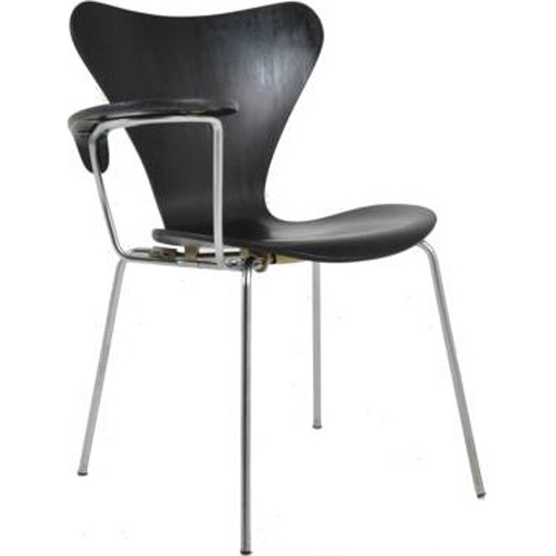 Series 7 writing chair by Arne Jacobsen edited by Fritz Hansen - 1960s