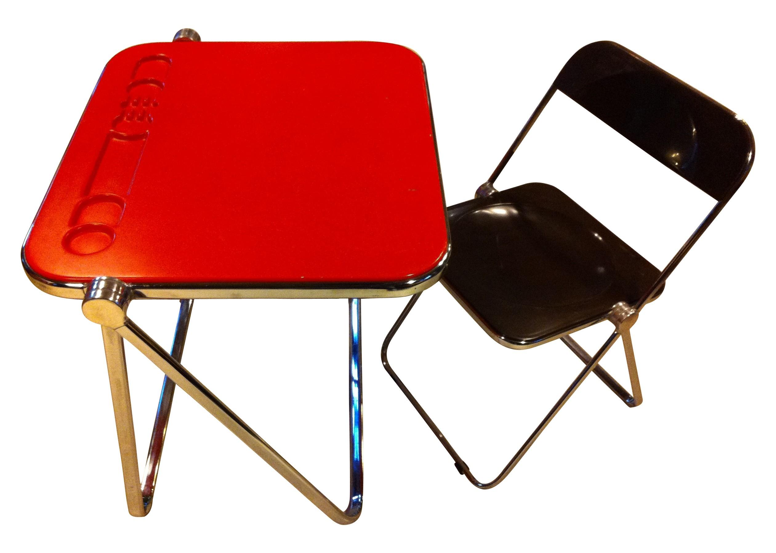 Desk and chair Plia in fiber glass and metal Giancarlo PIRETTI