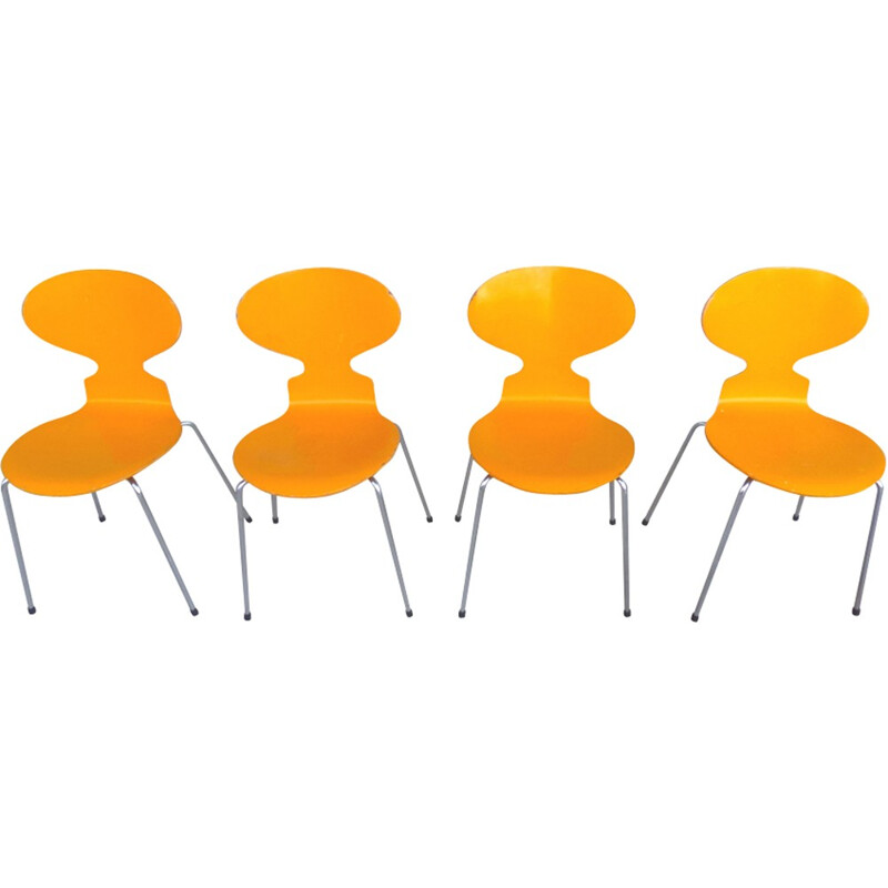 Set of 4 ant chairs 3101 by Arne jacobsen for Fritz Hansen - 1980s