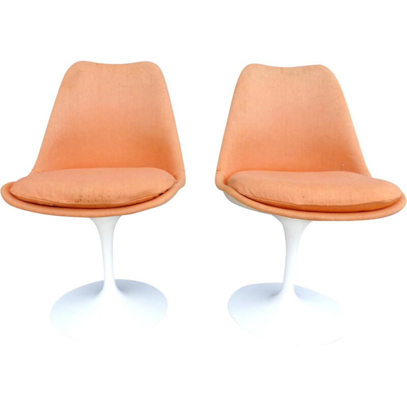 Pair of tulip chairs by Eero Saarinen for Knoll - 1960s
