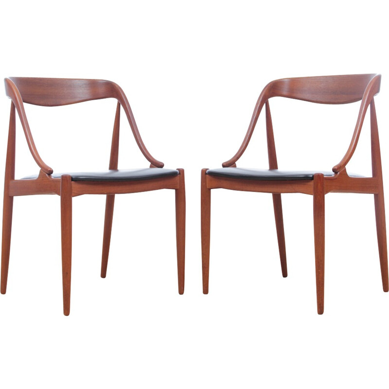 Pair of scandinavian chairs made of teak and leatherette - 1950s