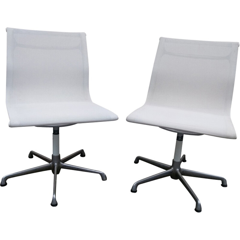 Pair of EA 105 chairs by Eames for ICF - 1980s