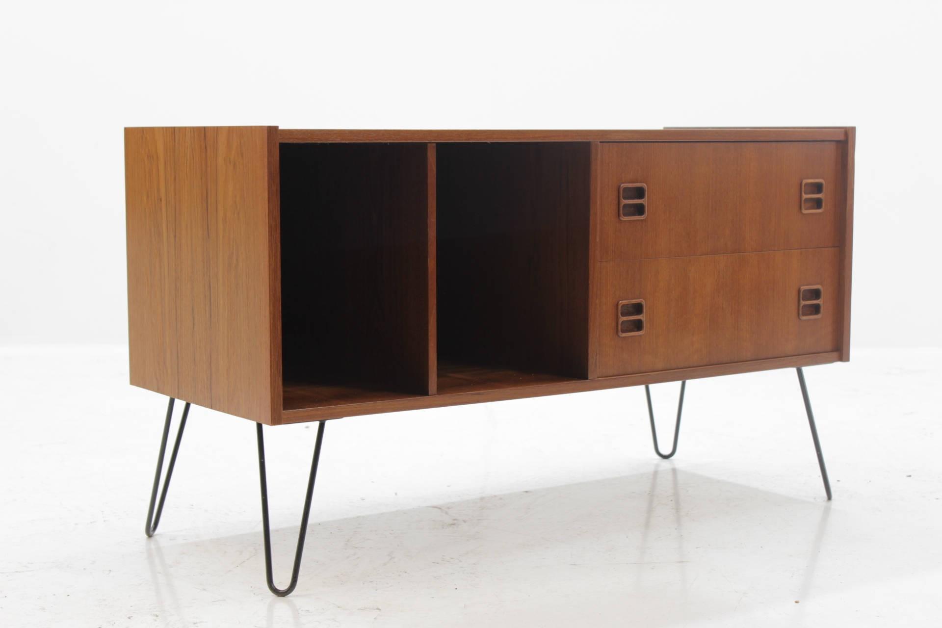 Vintage Danish Teak Tv Stand Cabinet 1960s Design Market # Meuble Tv Designer