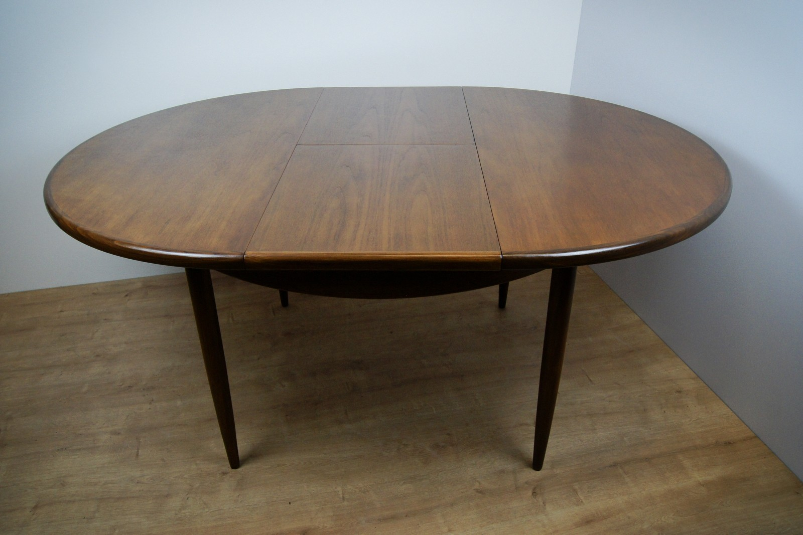vintage oval extendable teak dining table from g plan. Black Bedroom Furniture Sets. Home Design Ideas