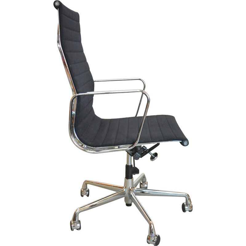 Vintage Office chair by Charles and Ray Eames for Vitra - 1990s