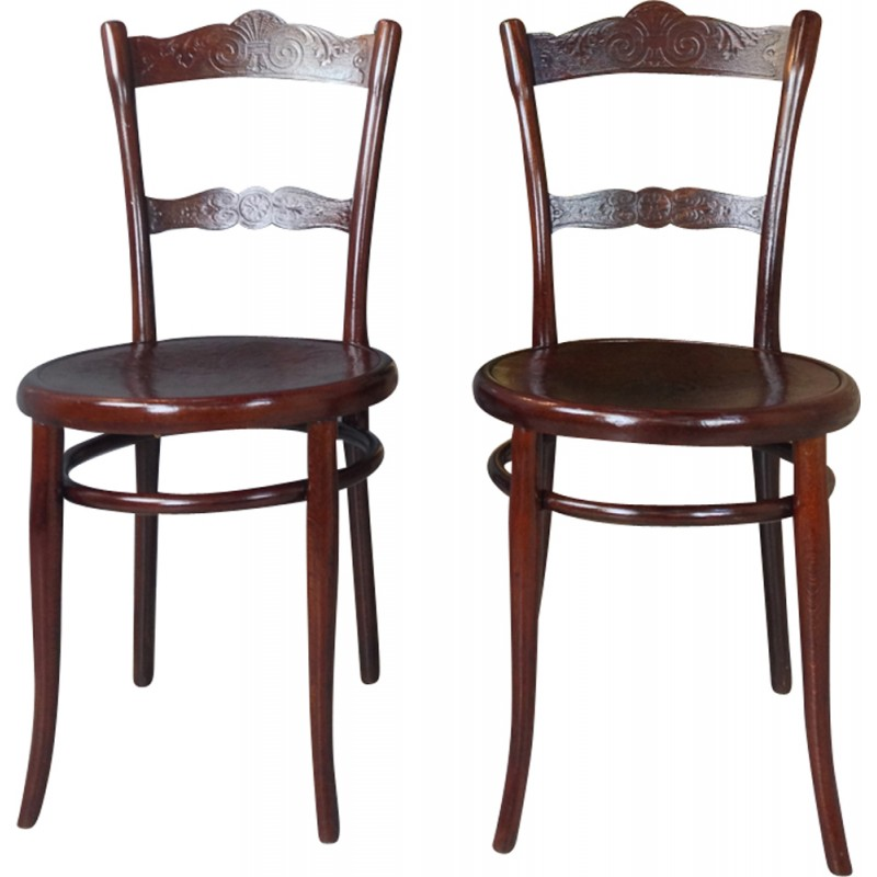Pair Of Thonet N 100 Chairs   1930s