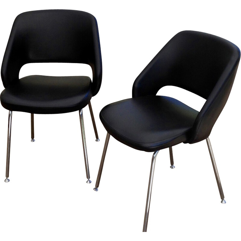Vintage set of 2 Conference chairs by Eero Saarinen - 1970s