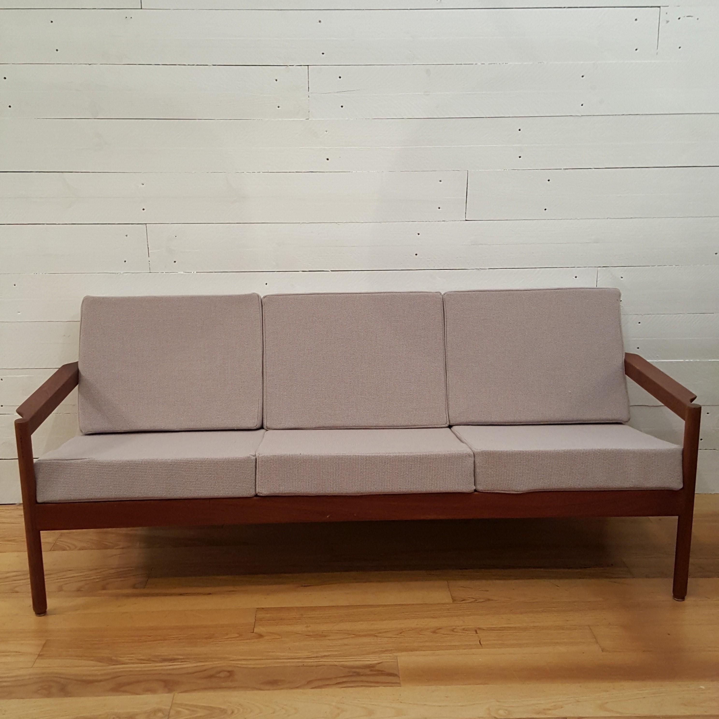 Danish sofa in teak and fabic Magnus OLESEN 1960s Design Market