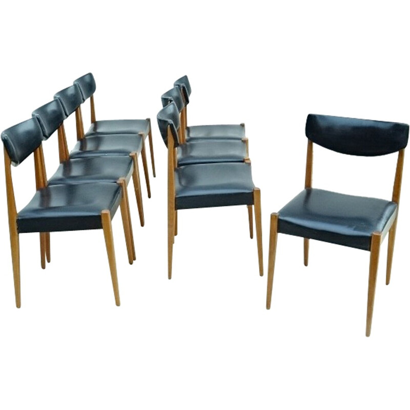 Set of 8 mid-century French beechwood chairs - 1960s