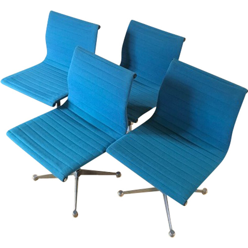 Set of 4 mid-century EA105 chairs by Charles & Ray Eames - 1960s