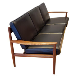 3 seater sofa in solid teak and black leatherette, Grete JALK - 1960s