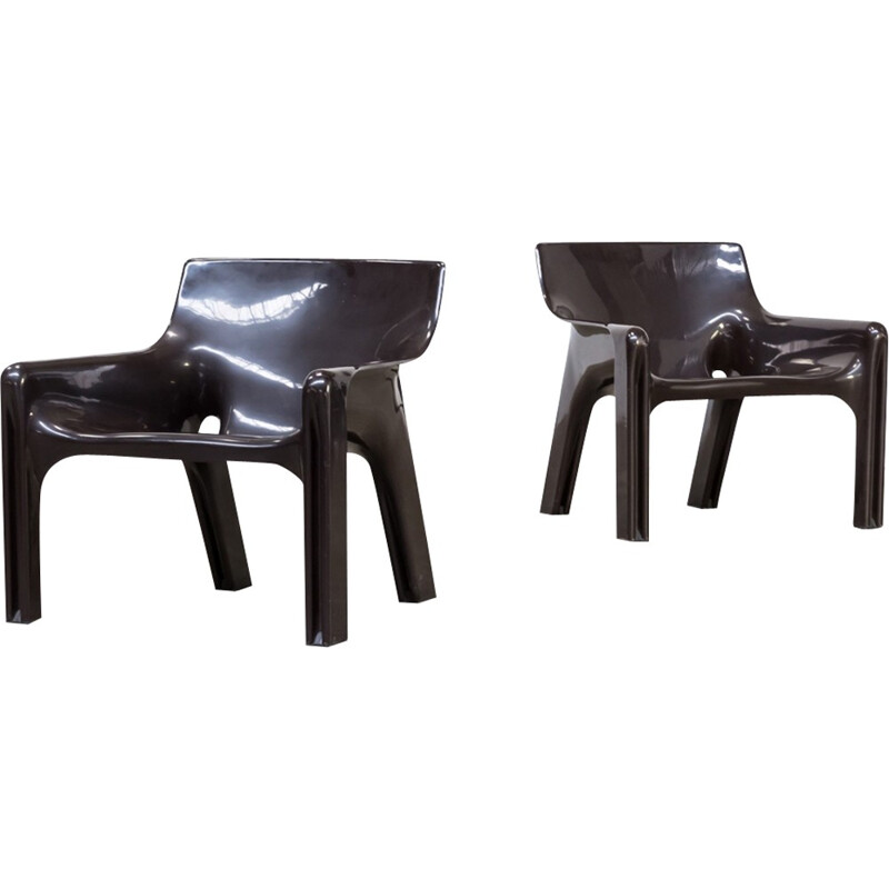 "Pair of vintage ""Vicario"" armchairs by Vico Magistretti for Artemide - 1970s"