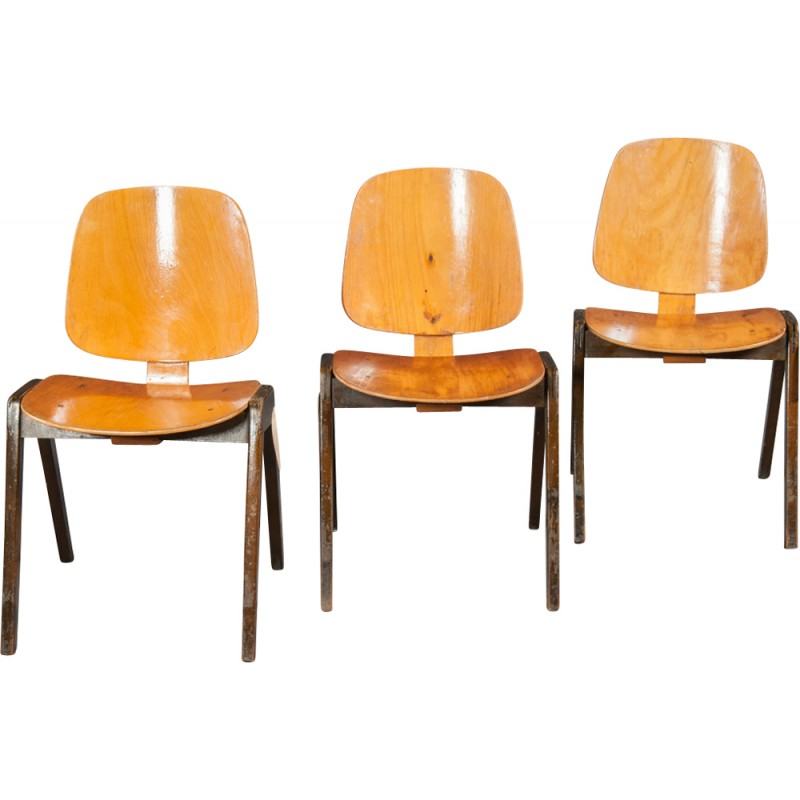 Vintage Bentwood Chairs From Thonet   1960s