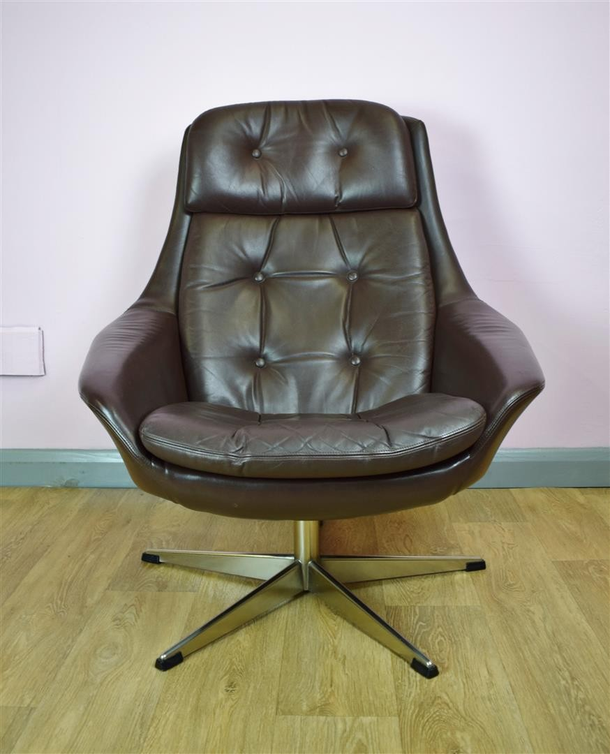 Vintage Danish H W Klein For Bramin Brown Leather Swivel