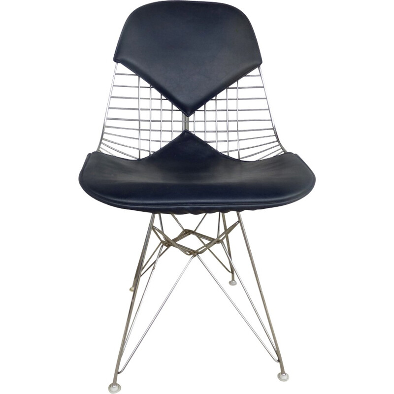 Vintage Model DKR-2 chairs by Ray & Charles Eames for Herman Miller - 1970s
