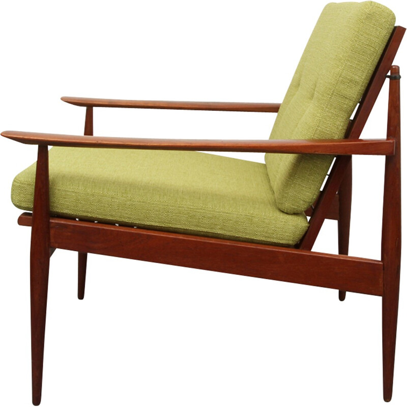 Vintage green armchair in solid teak - 1960s