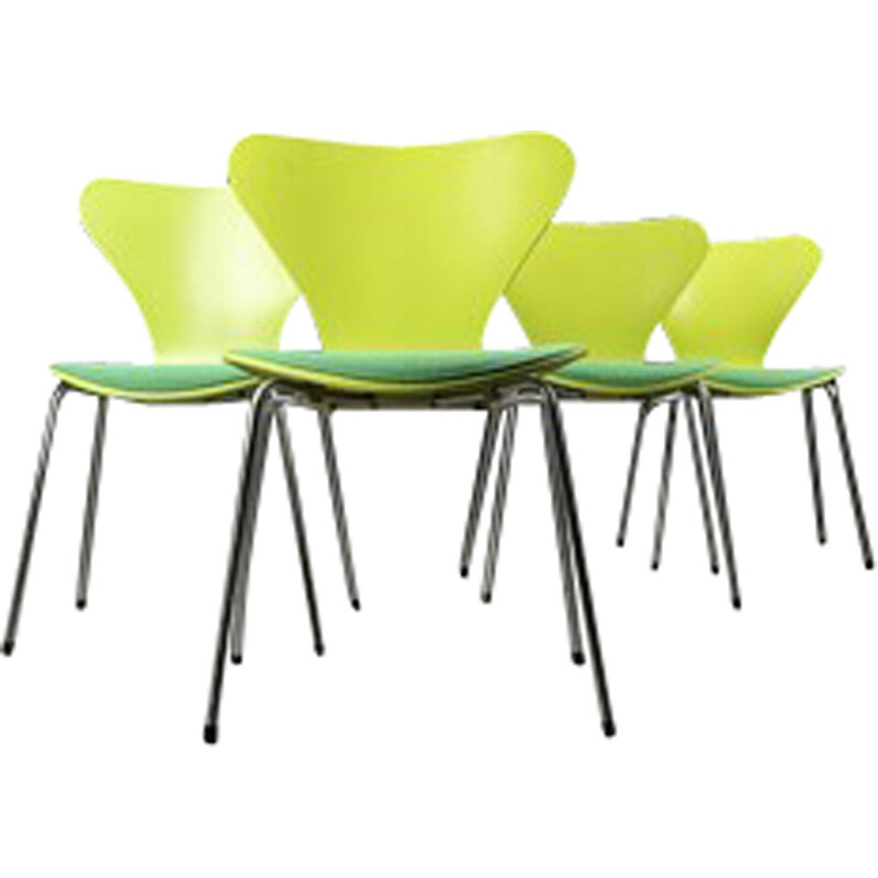 Set of vintage chairs by Arne Jacobsen - 1960s