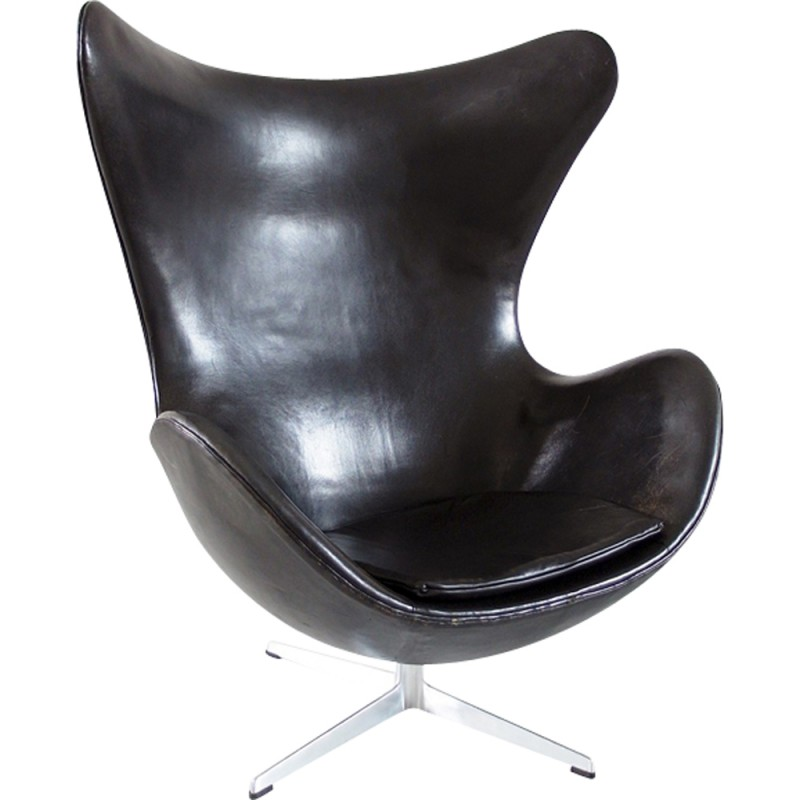 Black Leather Egg Chair By Arne Jacobsen For Fritz Hansen Original Early Edition 1966
