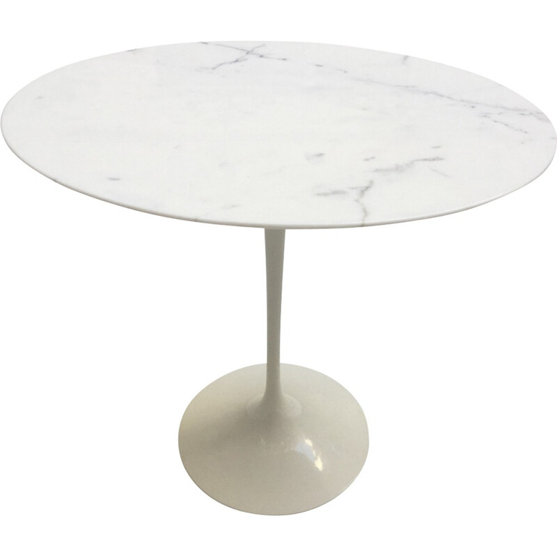 Vintage oval coffee table by Knoll International - 1960s