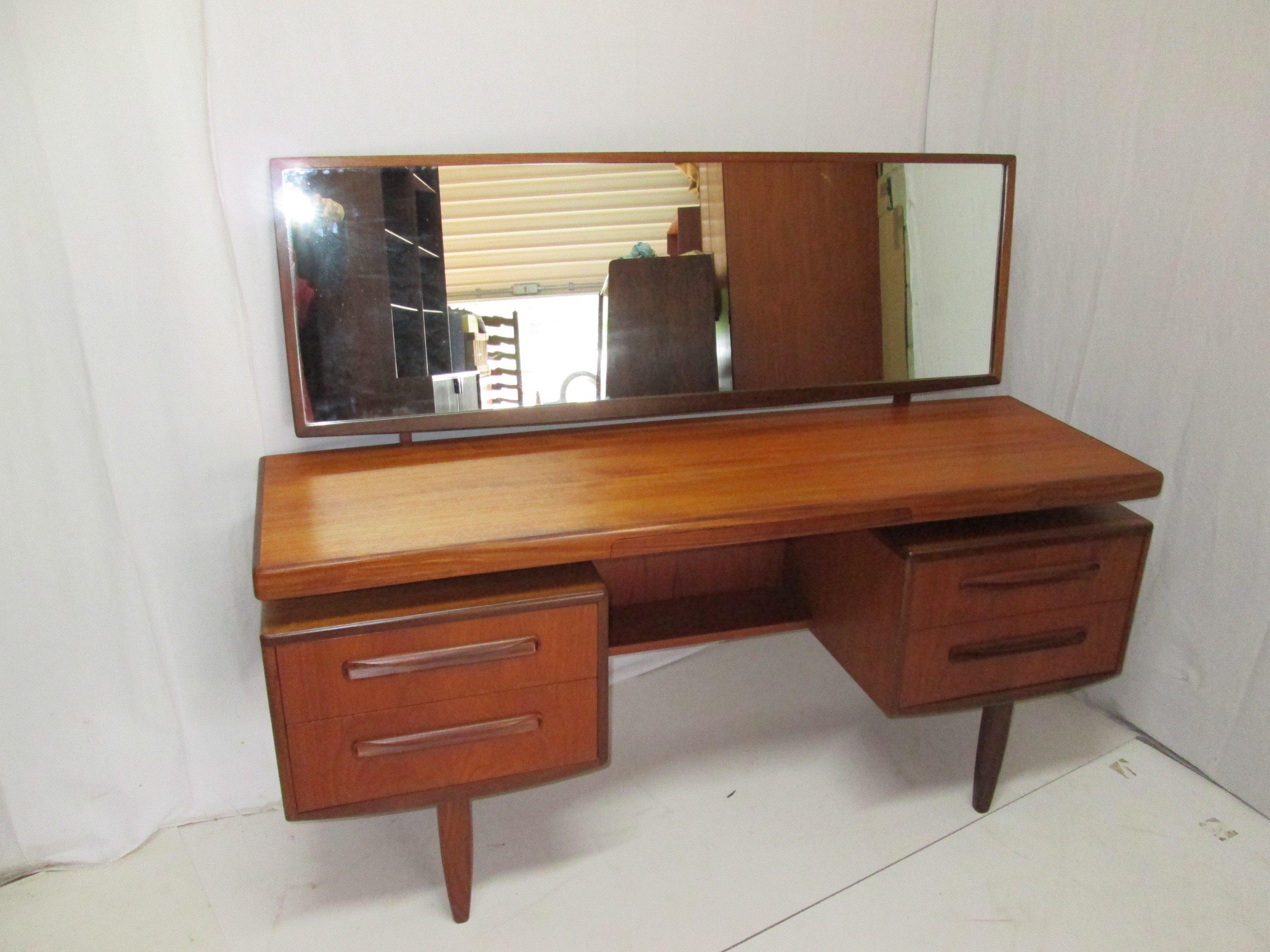 Vintage teak dressing table by G-plan - 1960s - Design Market