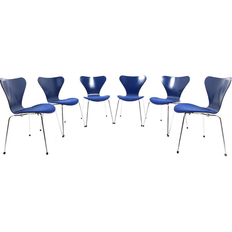 """Vintage set of 6 """"3107"""" dining chairs by Arne Jacobsen for Fritz Hansen - 1970s"""