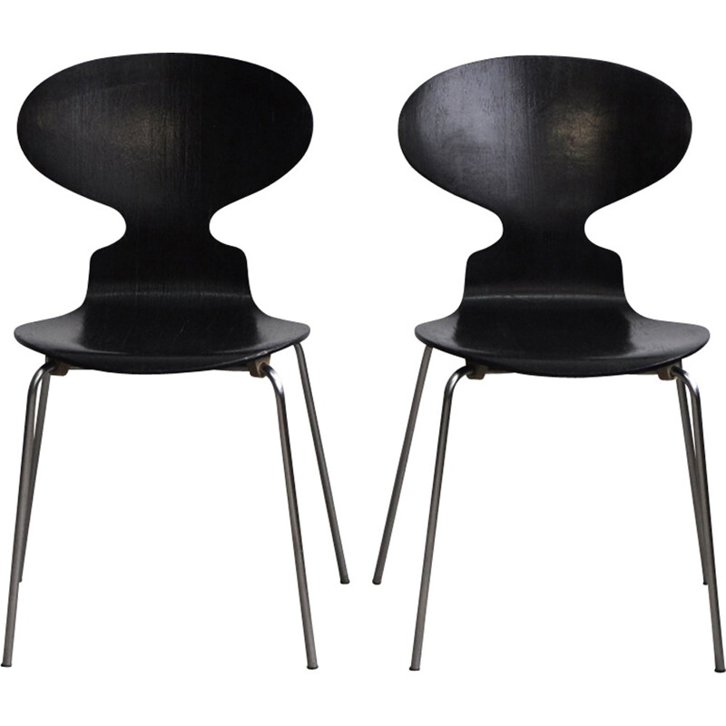 """Vintage set of 2 """"3100"""" Ant chairs by Arne Jacobsen for Fitz Hansen - 1960s"""