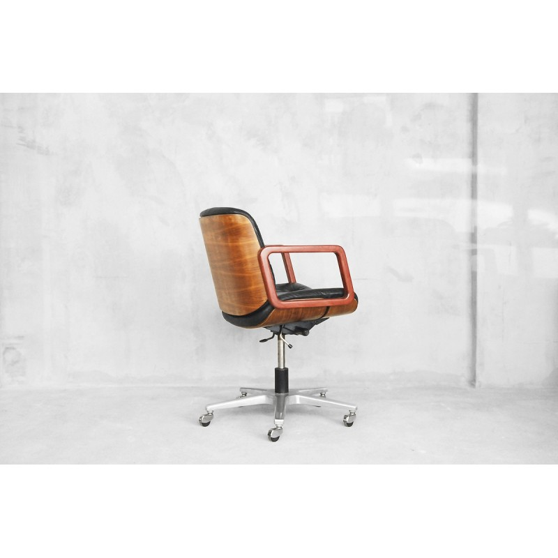 Wondrous Leather Swivel Office Chair By Giroflex 1970S Pdpeps Interior Chair Design Pdpepsorg