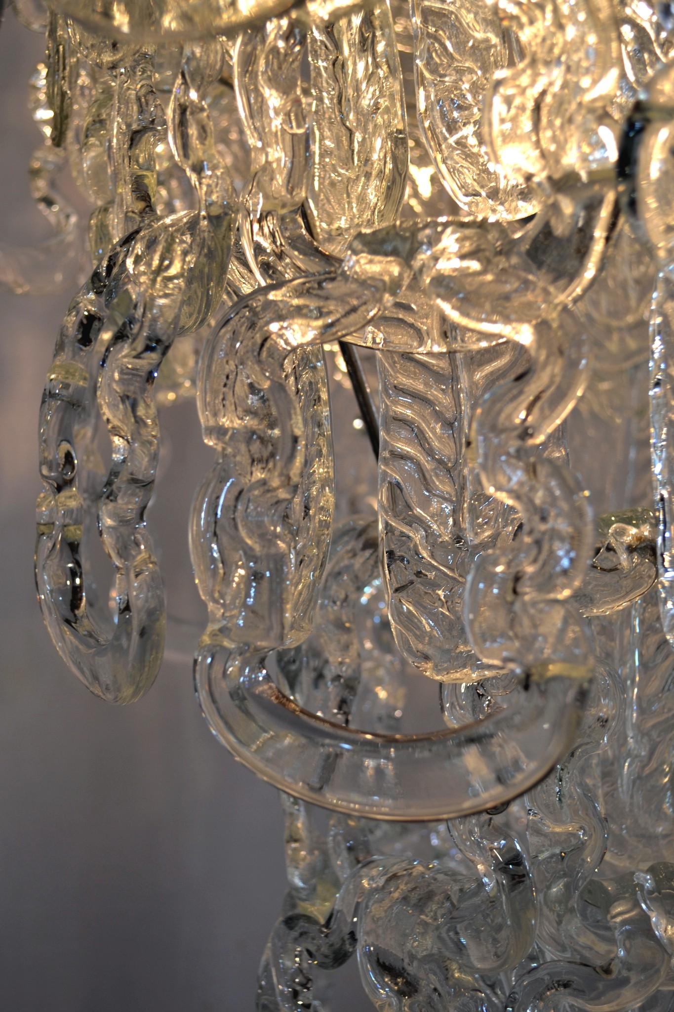 Chandelier in glass chain by angelo mangiarotti for vistosi 1960s previous next mozeypictures Gallery