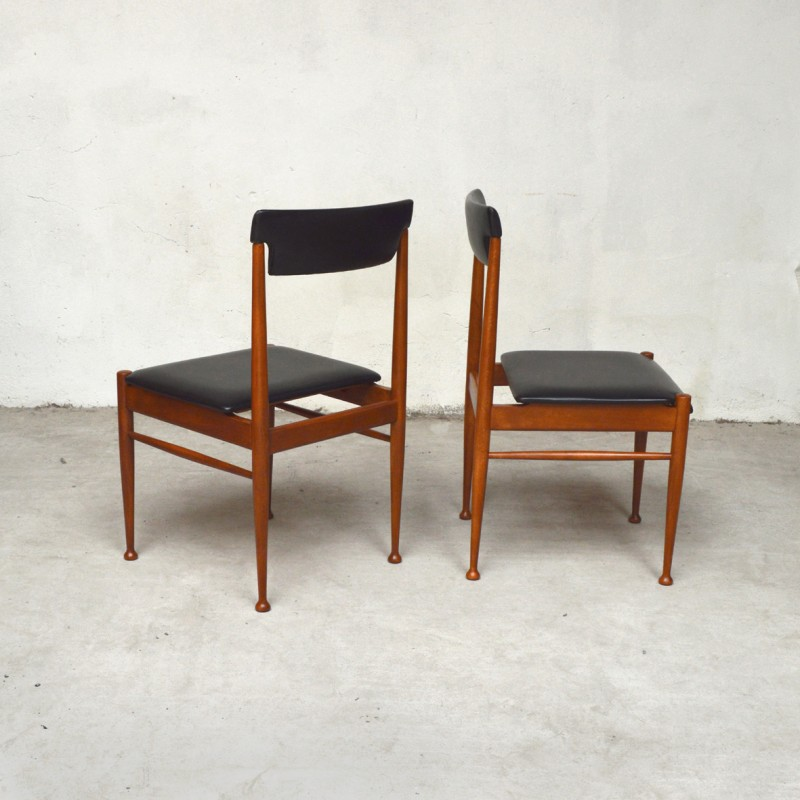 9fe96ba67b12 Vintage set of 4 Scandinavian dining chairs in Skai - 1960s - Design Market
