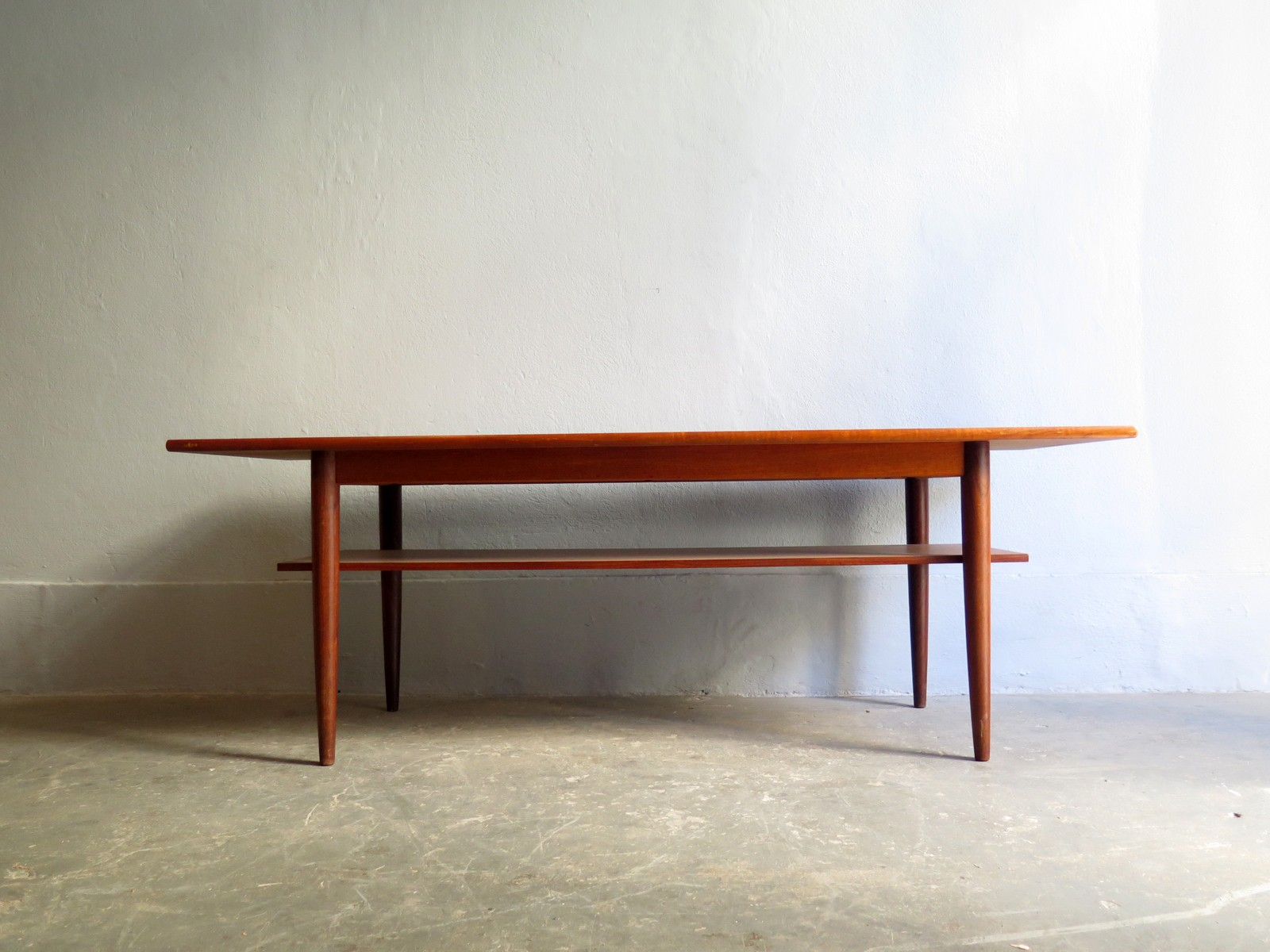 Danish teak Vintage coffee table - 1950s - Design Market