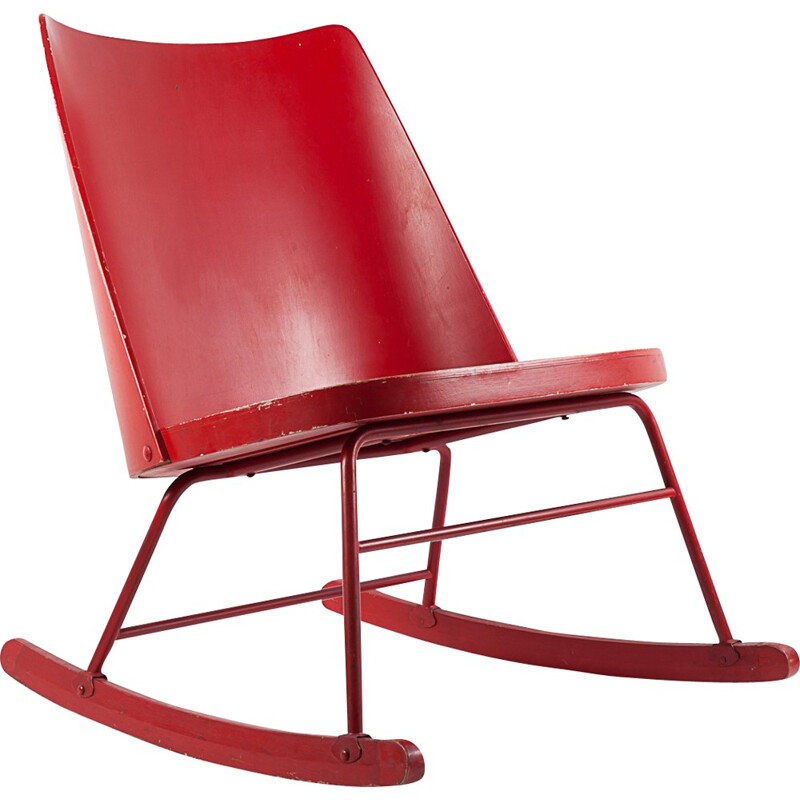 Vintage red rocking chair - 1940s