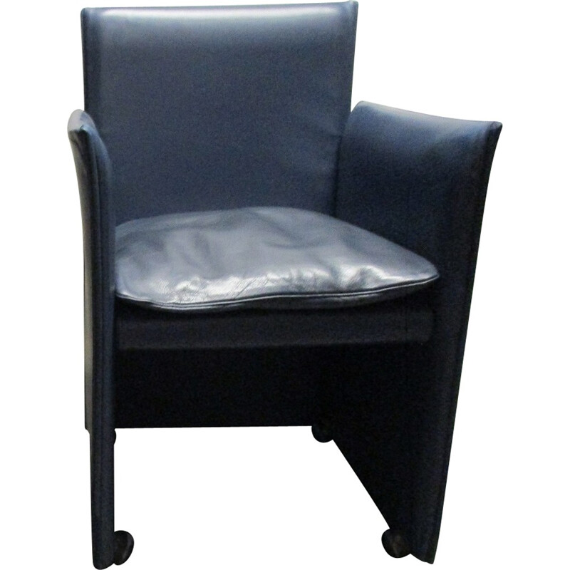 """Vintage """"401 armchair"""" in Bellini blue leather for Cassina - 1980s"""