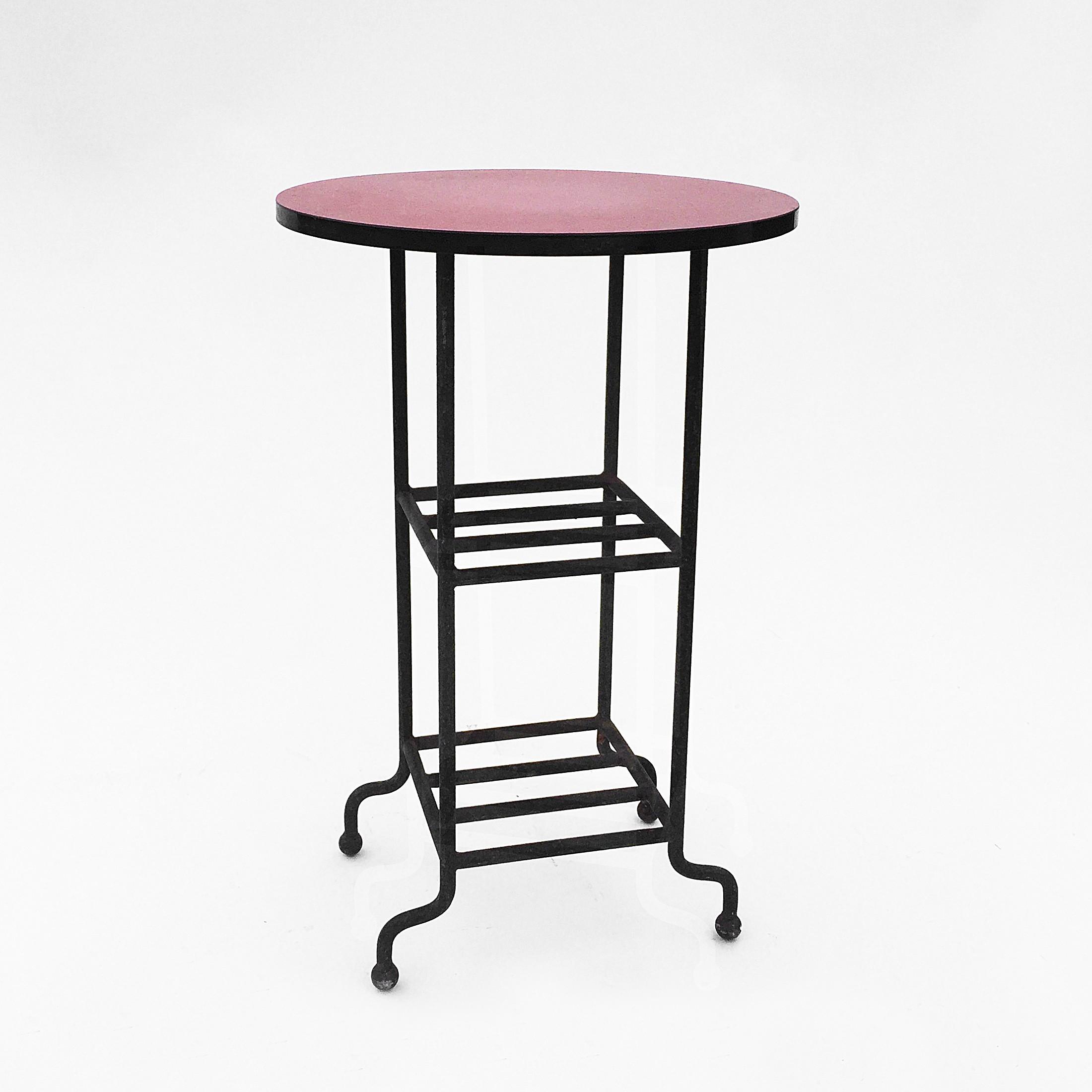 vintage table in cast iron formica 1950s design market. Black Bedroom Furniture Sets. Home Design Ideas