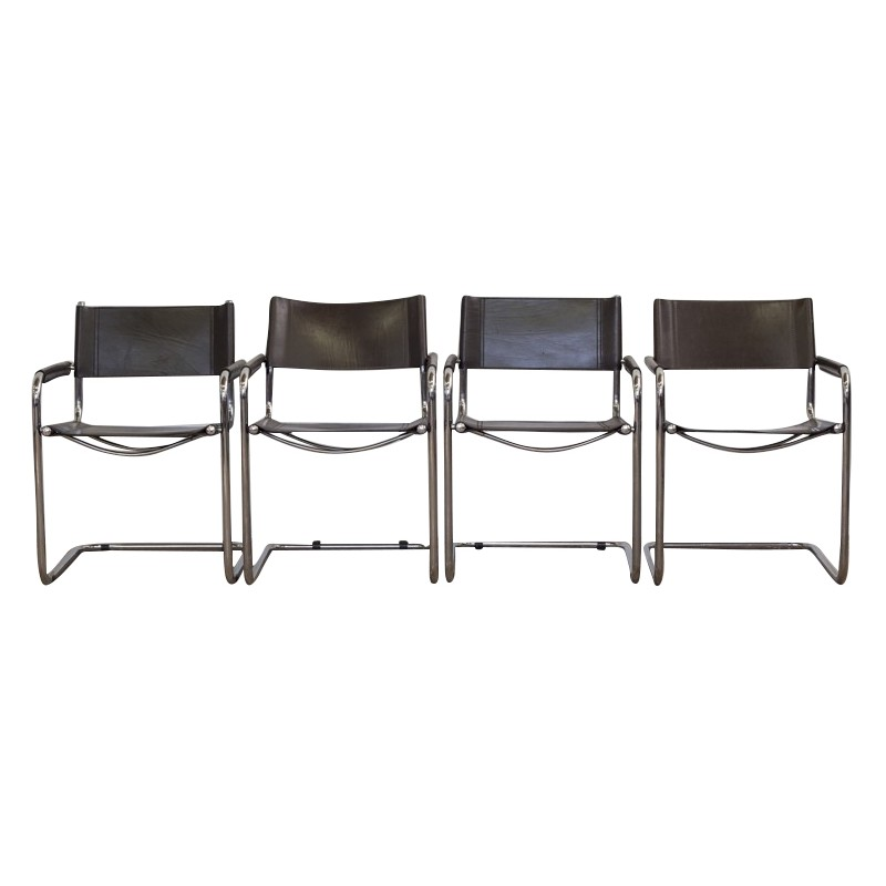 Set Of 4 Chairs In Tubular Steel Frame And Leather 1960s