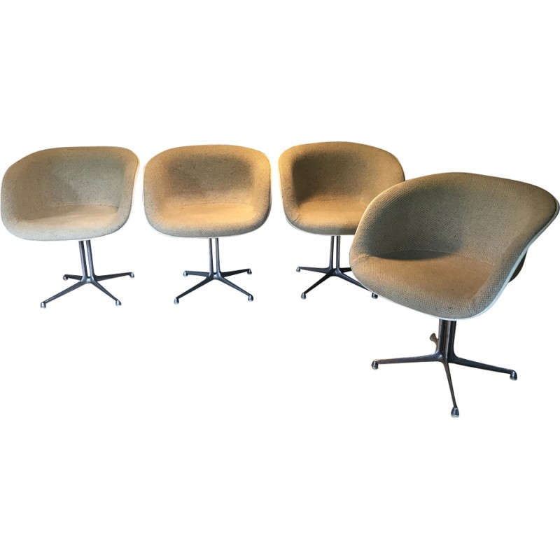 Set of 4 vintage armchairs in beige fabric by Eames - 1960s