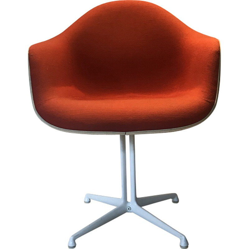 Vintage armchair in red fabric by Eames - 1970s