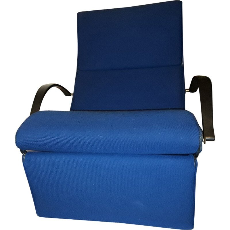 "Armchair in royal blue ""P 40"" Osvaldo Borsani by Techno - 1950s"