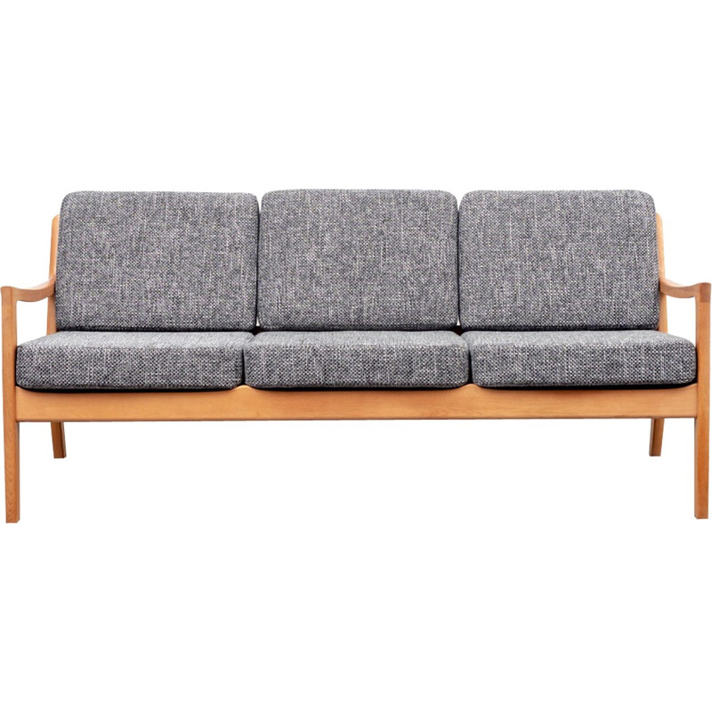 "3-seater sofa ""Senator 166"" by Ole Wanscher for France & Son - 1960s"