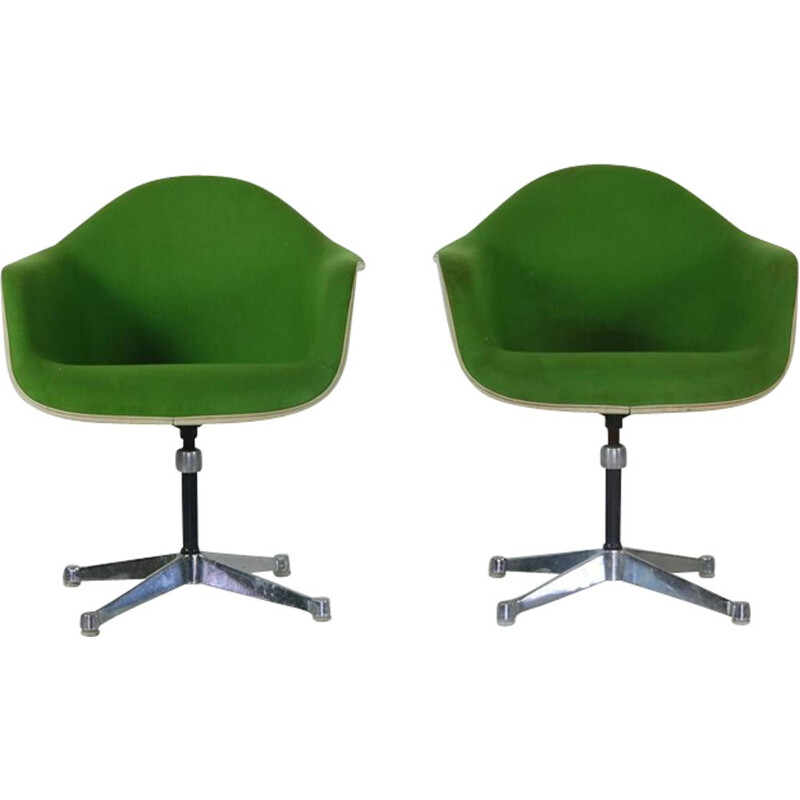 Set of 2 vintage green armchairs by Charles Eams for Herman miller - 1950s