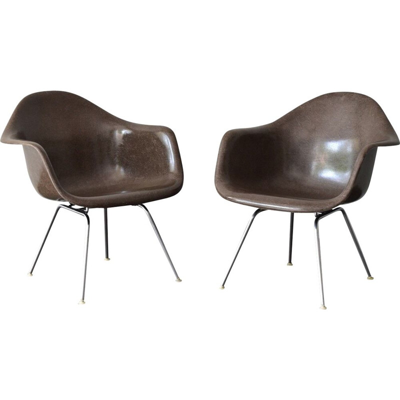 Vintage set of 2 chairs in fiberglass by Charles & Ray Eames Vitra - 1960s