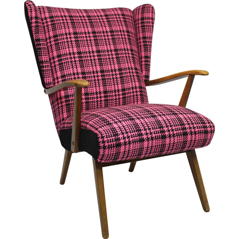 Vintage pink wing chair in wood - 1950s