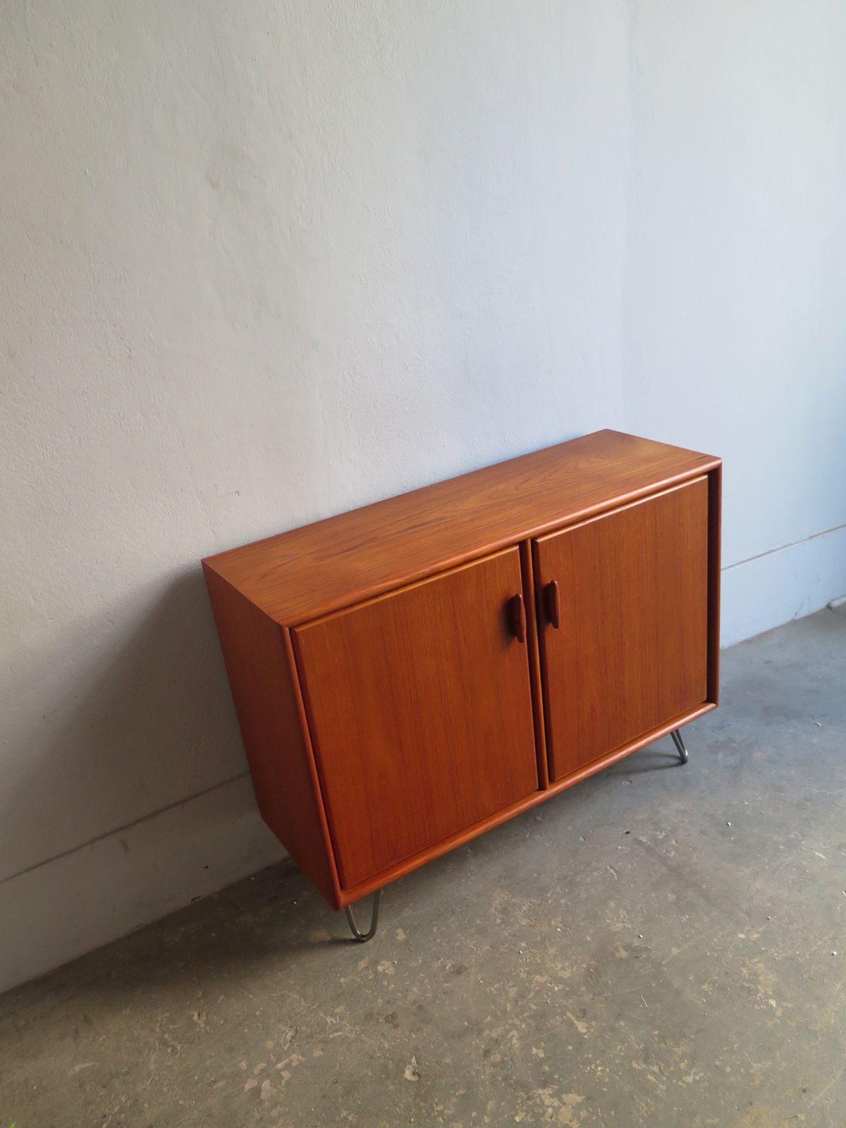 Vintage Furniture With Metal Feet 1960s Design Market