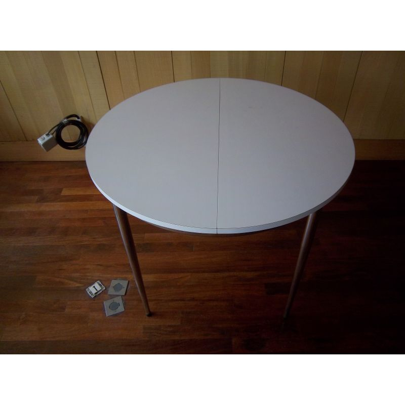 Vintage Round Coffee Table In White Formica