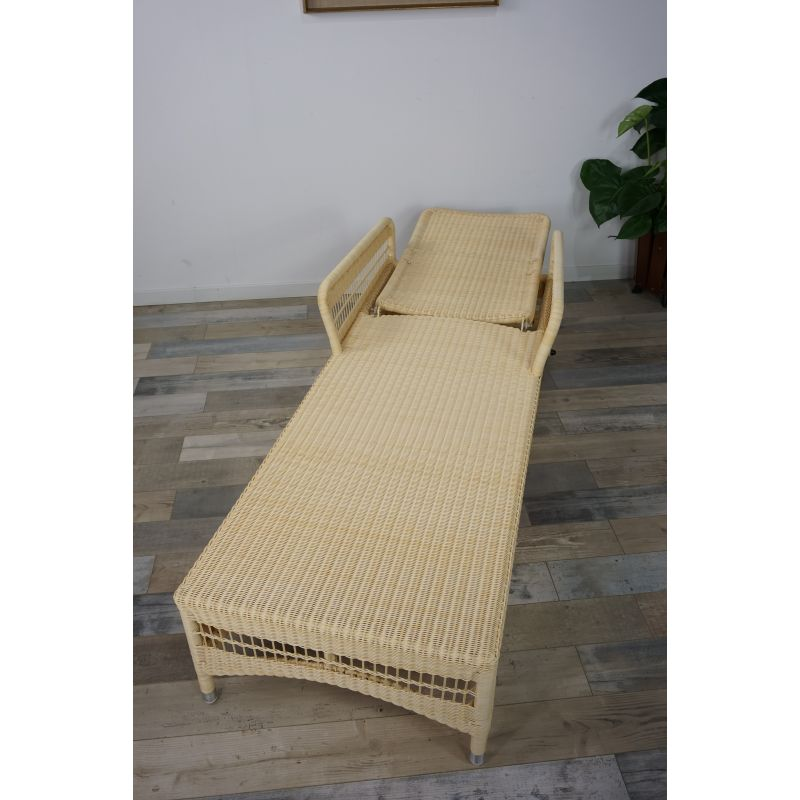 Pleasing Set Of 2 Vintage Lounge Chairs In Lloyd Loom Pdpeps Interior Chair Design Pdpepsorg