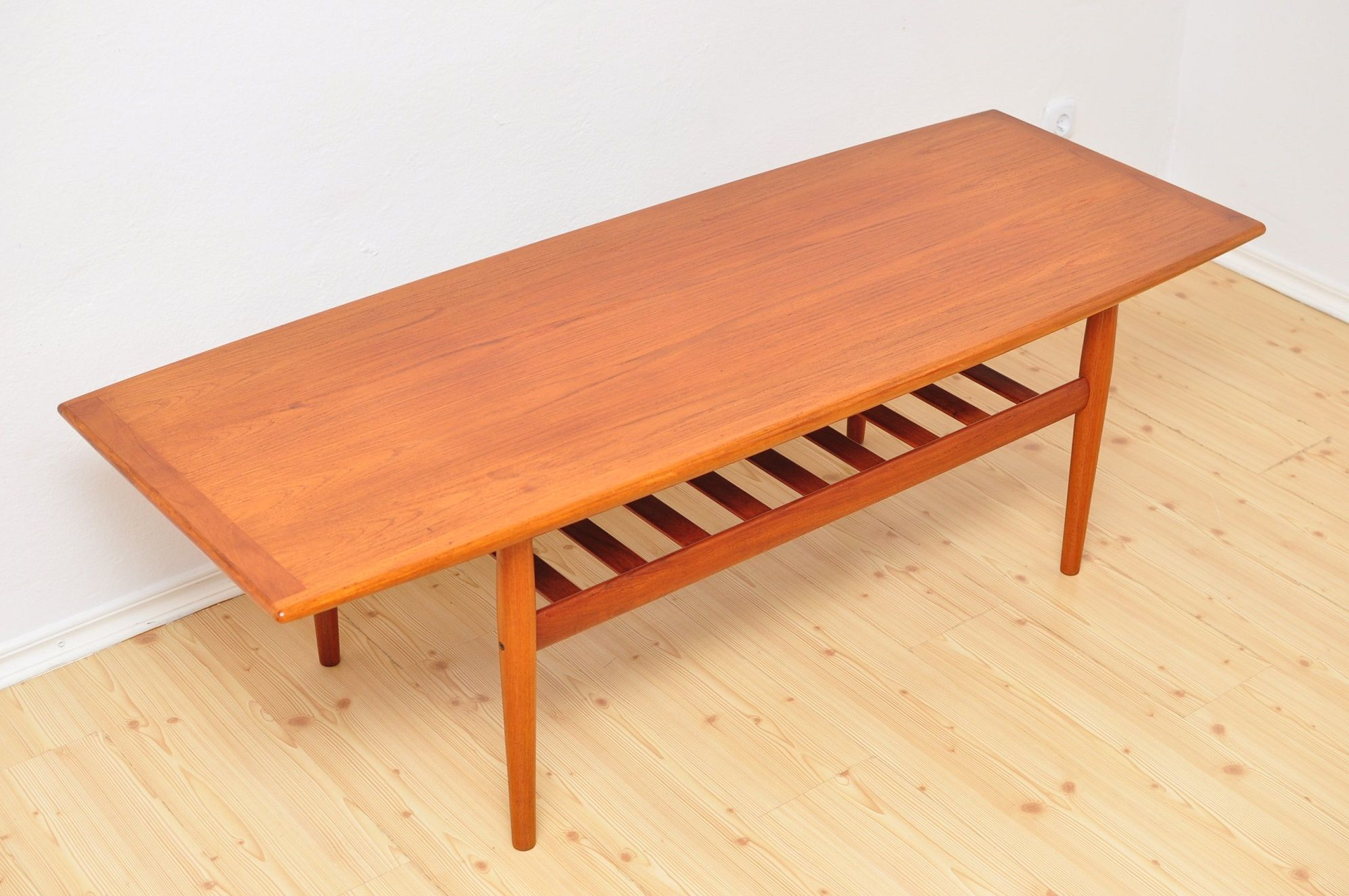 Vintage Danish coffee table in teak by Grete Jalk for ...