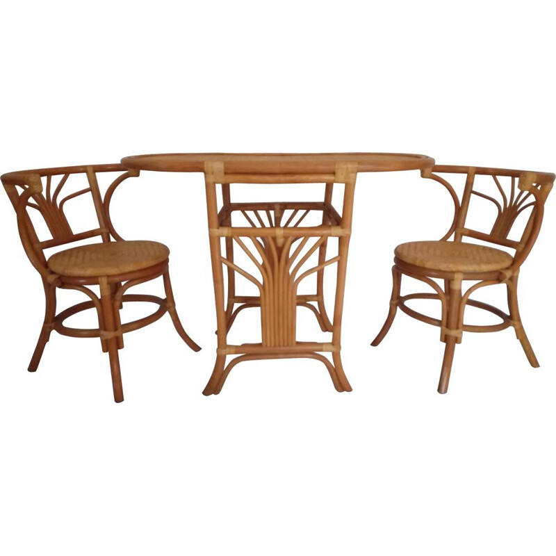 Set of 2 vintage chairs and table in rattan