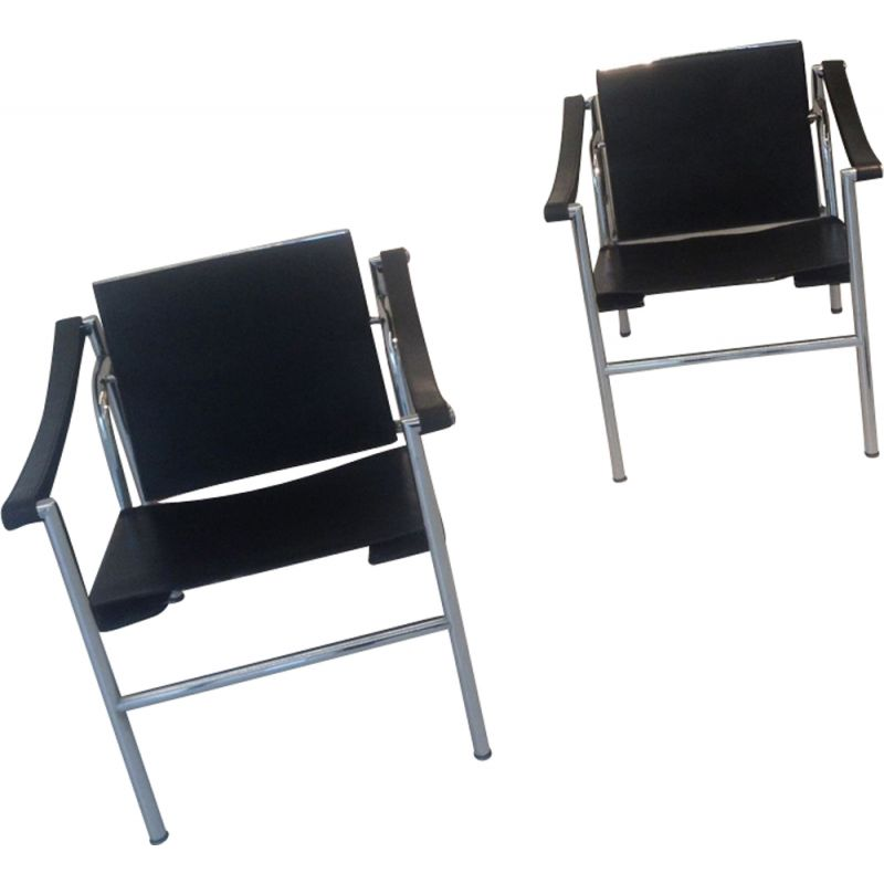 "Set of 2 armchairs ""LC 1"" by Le Corbusier"